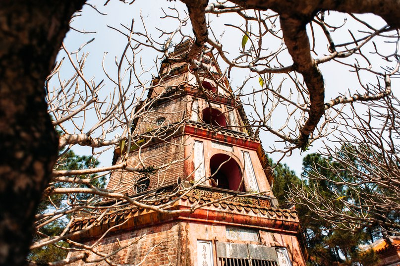 death to birth( Nirvana RIP ) pagoda