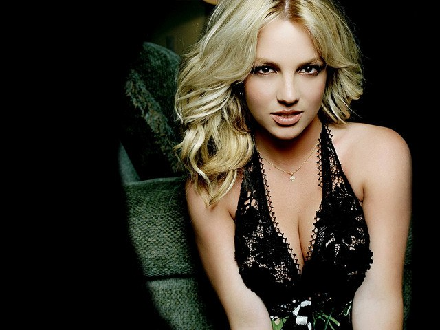 Im Not A Girl, Not Yet a Woman Britney Spears